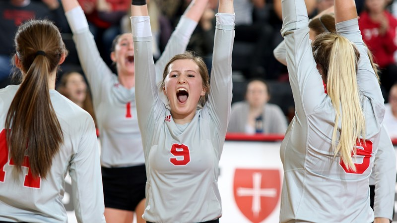 CSB beats Tommies, advances to MIAC Championship match - College of Saint Benedict Athletics